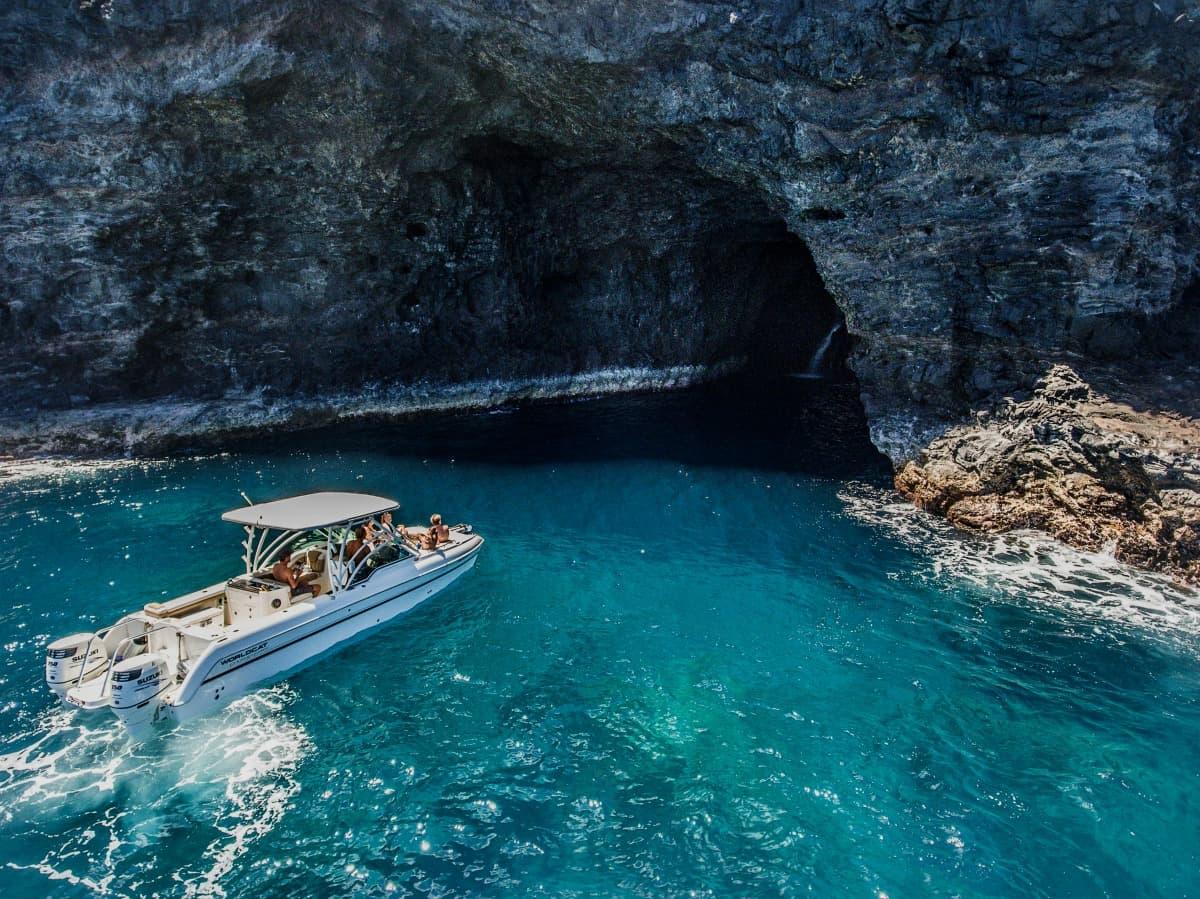 makana charters na pali coast boat tours