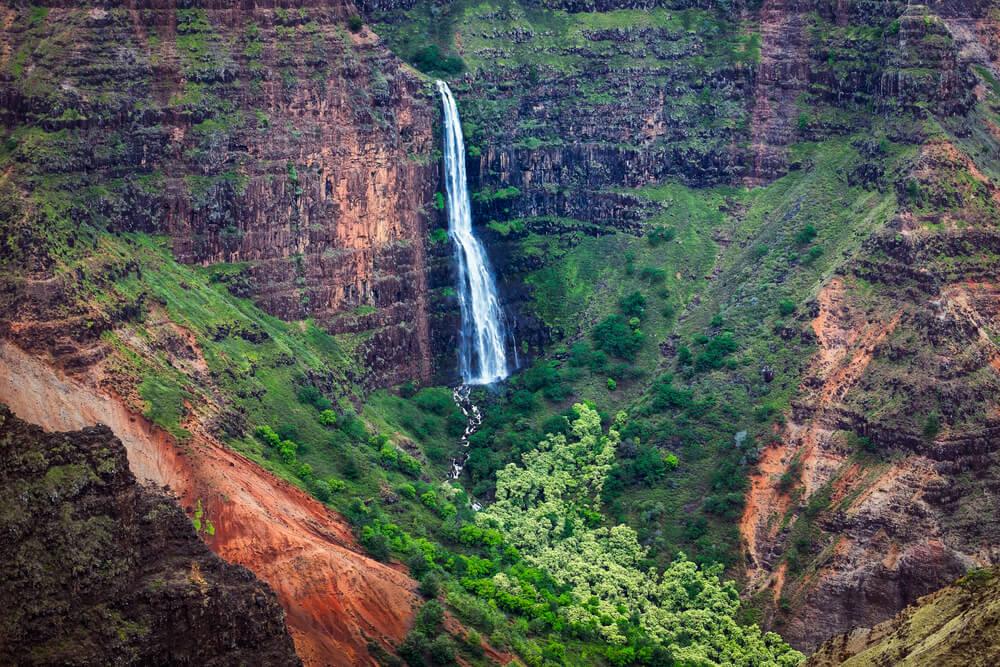 Waipoo Falls Trail - Best Family Hike in Kauai
